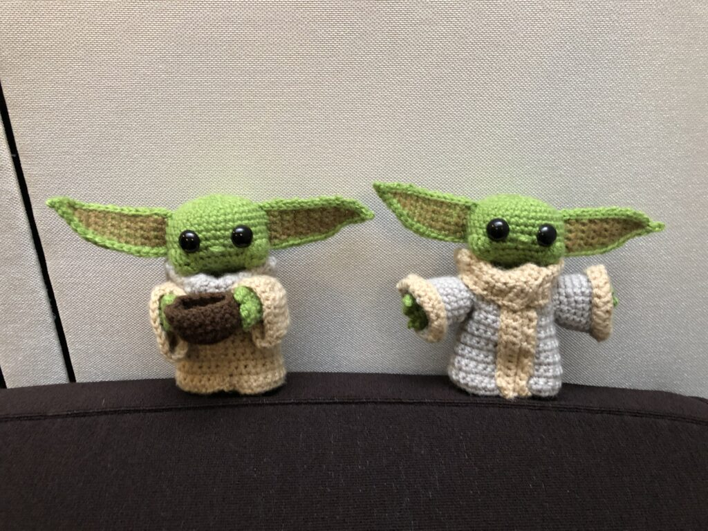 Baby Yoda Inspired Amigurumi Pattern - 1Up Crochet | 768x1024